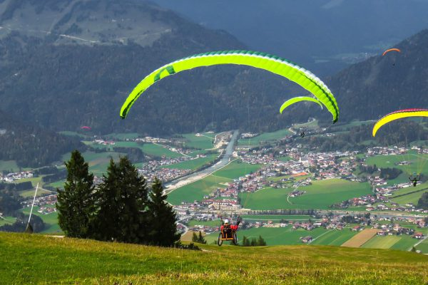 Barrier-free paragliding
